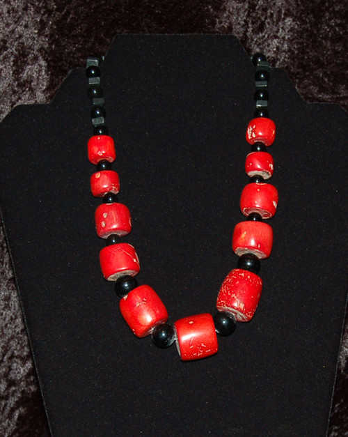 Red Coral w/Black Beaded Necklace