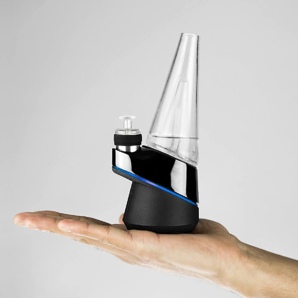 PUFFCO PEAK SMART RIG CONCENTRATE VAPORIZER KIT - BLACK (MSRP $399.99 EACH)