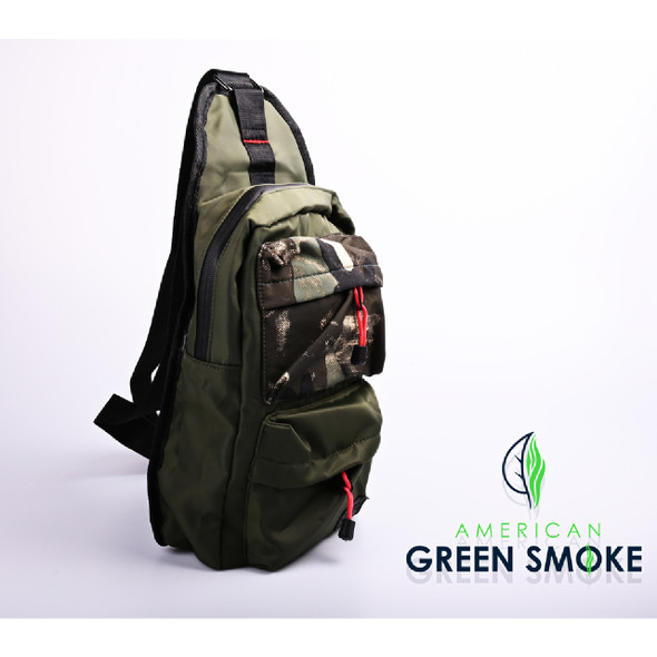 SMELL PROOF BAG GREEN SMALL - GREEN CAMO  (MSRP $25.99 EACH)
