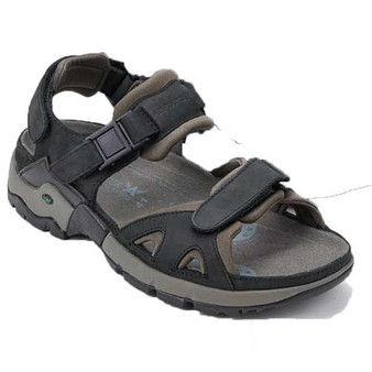 ALLIGATOR sandal provides optimal comfort and anti-slip outsole to ensure safety on all surfaces. Available in Black