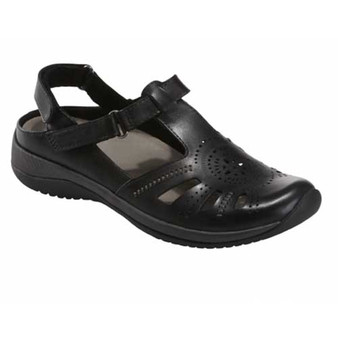 KARA CURIE WIDE sandal provides style and comfort with stretch panels that expand and contract with every step for a truly effortless feeling. Available in Black