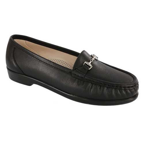 Metro Slip On Loafer offers comfort for all-day wear. Available in Black