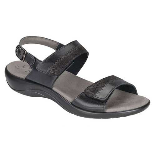 Nudu Heel Strap Sandal with unique style provides ultimate comfort for your feet. Available in Dusk and Midnight