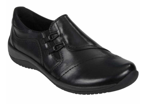 HAWK shoes provide comfort and style with reinforced arch support for all-day comfort. Available in Black Soft Leather and Bark Soft Leather