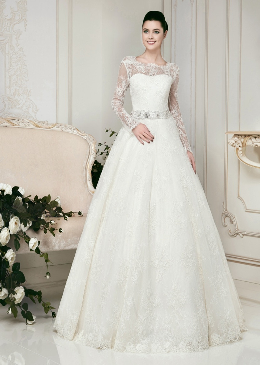 Chantilly Long Sleeve Lace Wedding Dress