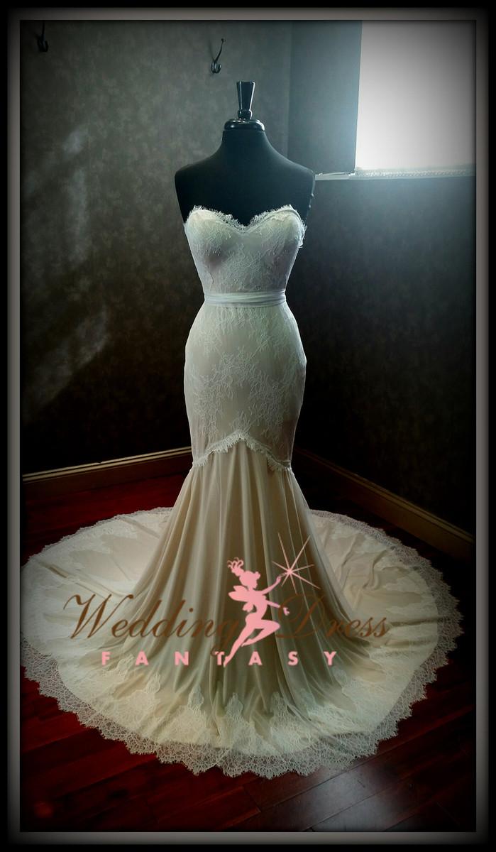 mermaid stretch wedding dress