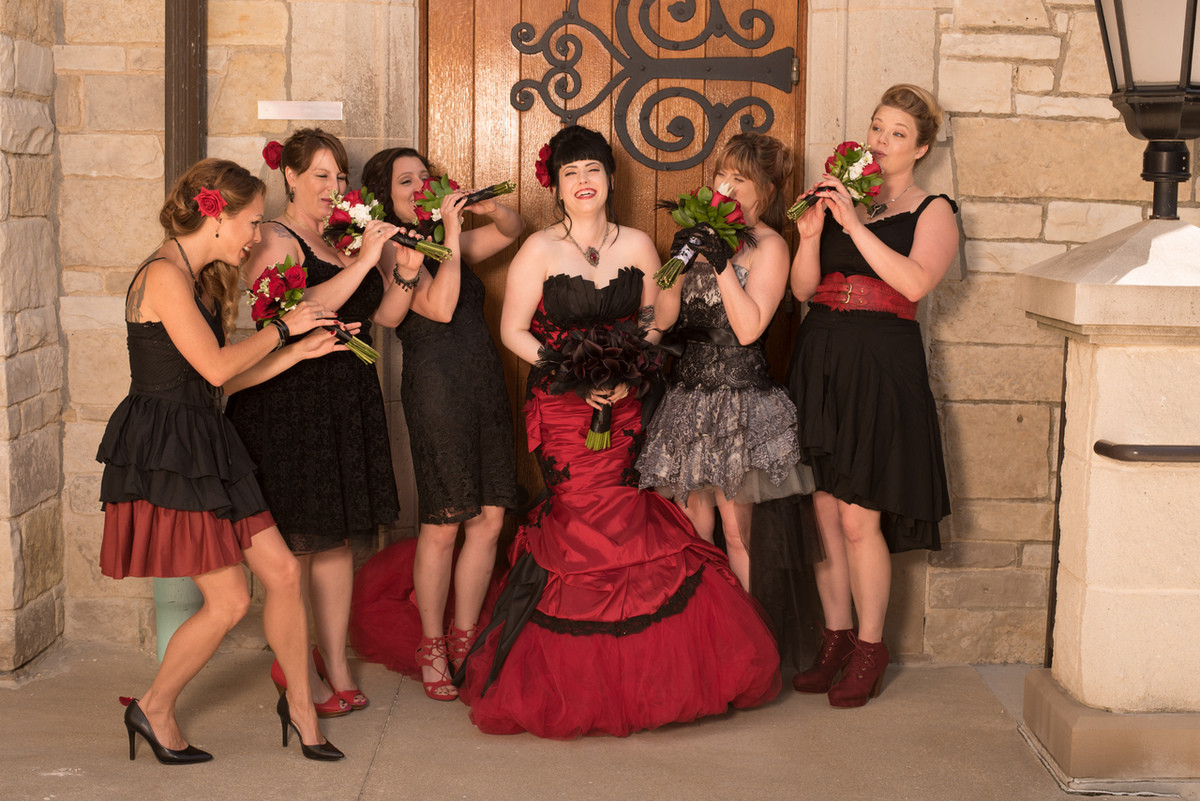 red and black gothic wedding dresses