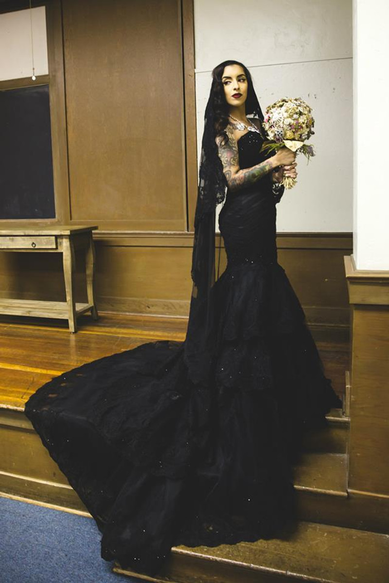Black Gothic Wedding Dresses
