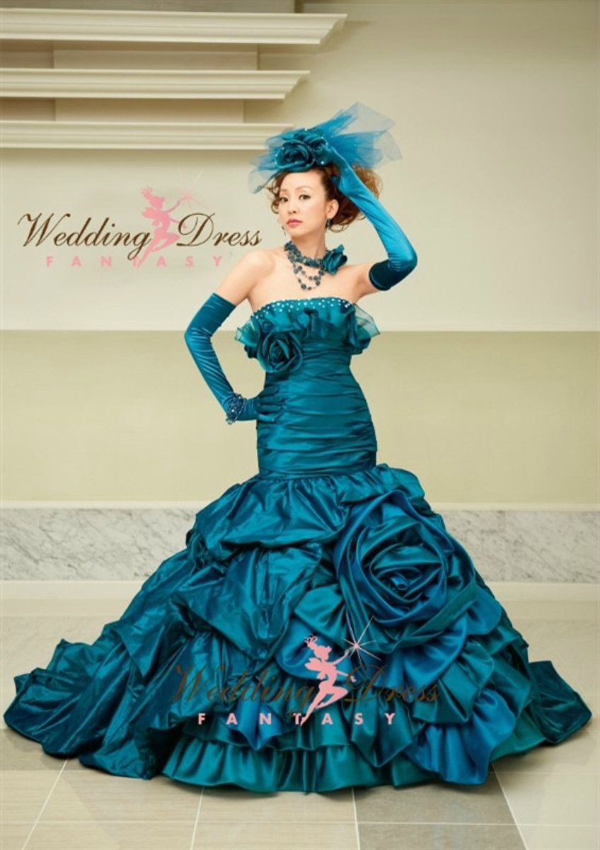 8a9ba95ef67 Teal Blue Wedding Dress