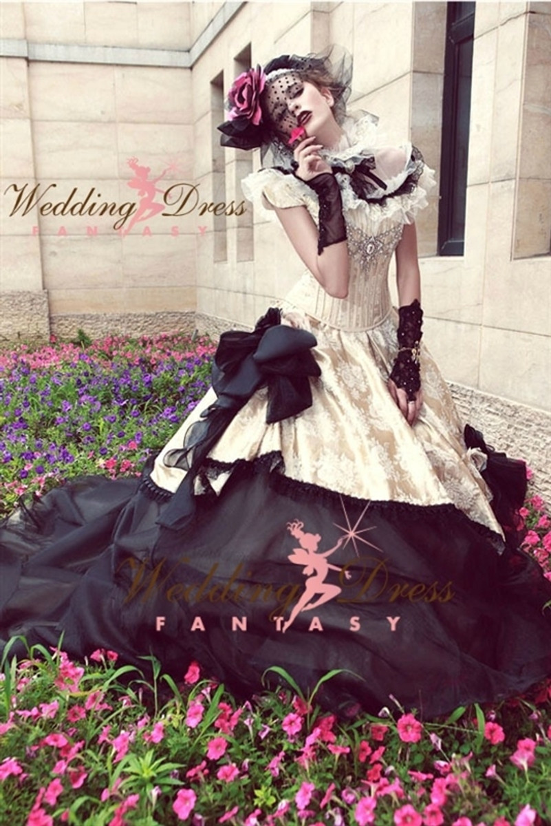 Gothic Vintage Wedding Dress