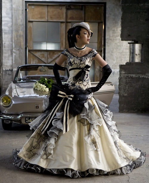 Light Yellow Steampunk Wedding Dress