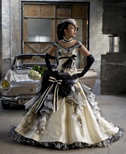 Light Yellow Steampunk Wedding Dress