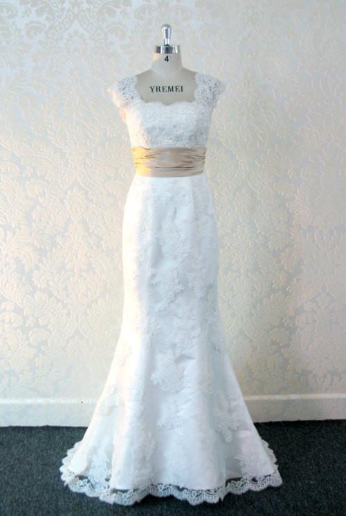 Gorgeous Lace Wedding Dress