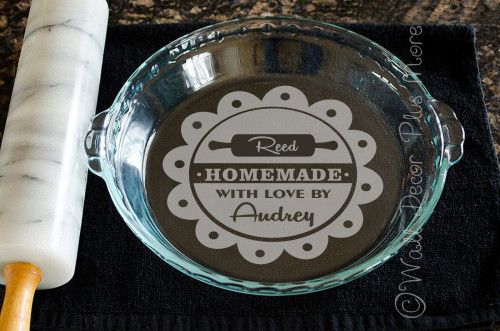 Homemade Personalized Vinyl Decal Sticker Stencil for Etching on Glass on pie pan