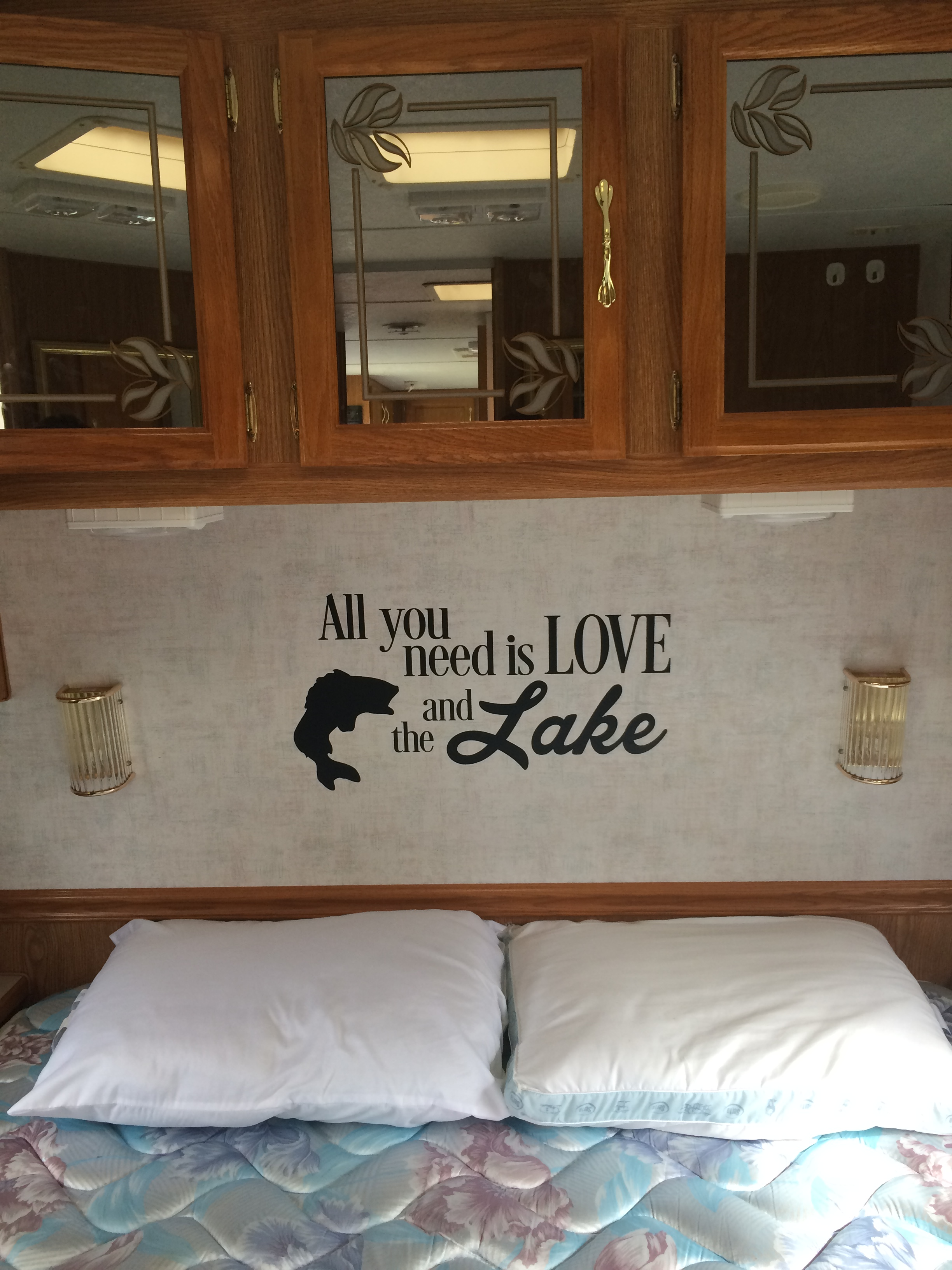 vv048-d Camper Wall Decor Love and Lake RV Accessories Decal Sticker