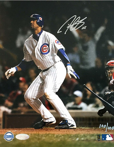 Derrek Lee, Chicago Cubs, 8x10 Autographed Action Photo