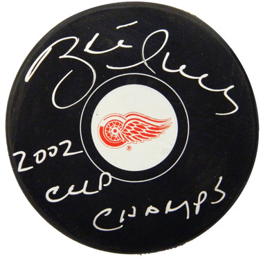 Brett Hull Signed Detroit Red Wings Logo Hockey Puck w/2002 Cup Champs