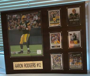 Aaron Rodgers, Green Bay Packers, 16x20 Plaque - 8x10 Action photo and 6 football cards