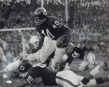 Gale Sayers Autographed 16x20 Photo - Chicago Bears w/HOF 77 (in white)
