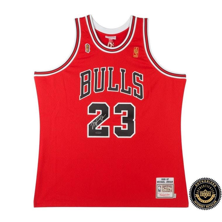 Michael Jordan Autographed 1996-97 Bulls Red NBA Finals Patch Mitchell & Ness Jersey