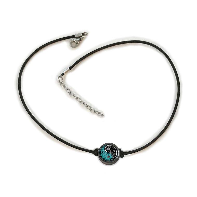 Vintage Yin Yang Choker Necklace