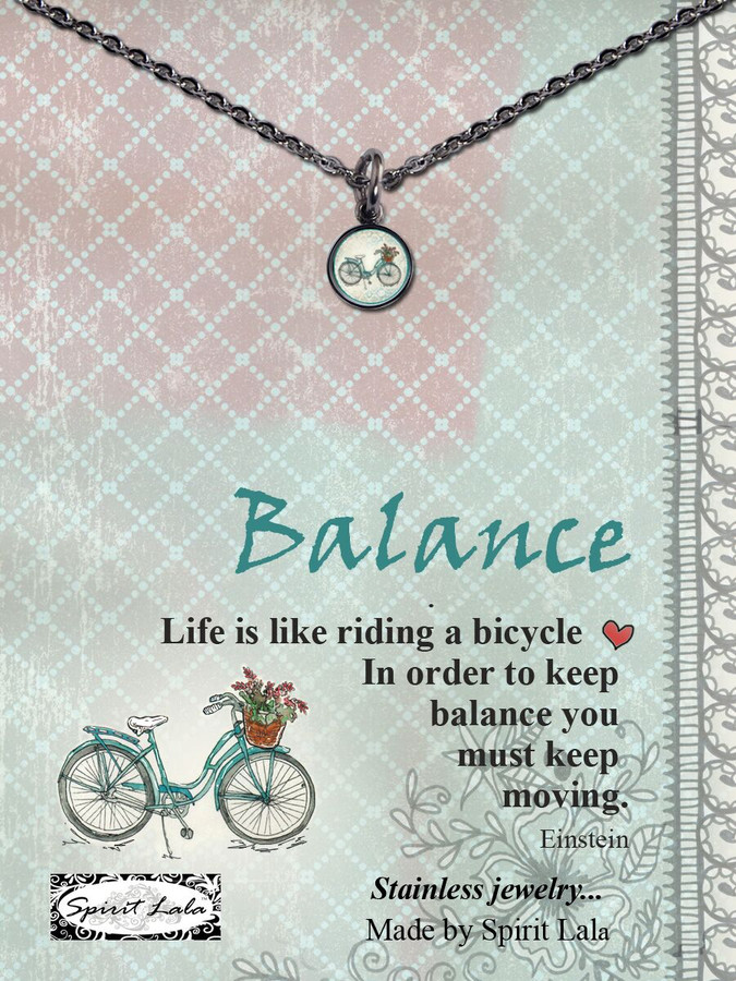 Carded Beach Bike Small Circle Necklace