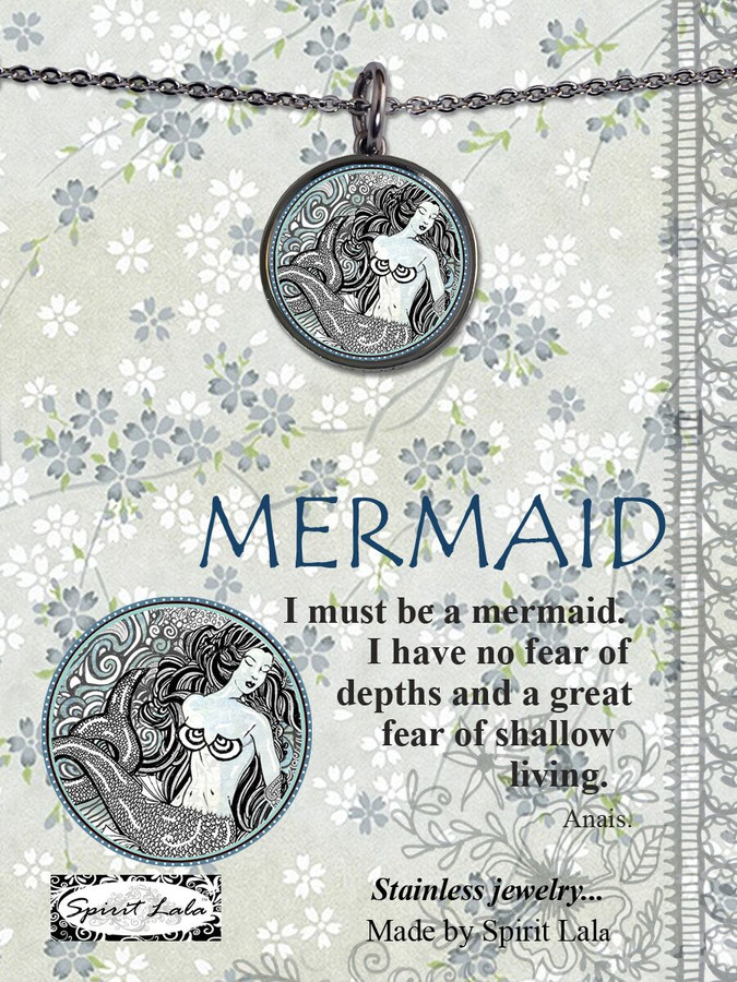 Carded B/W Mermaid Reversible Circle Necklace