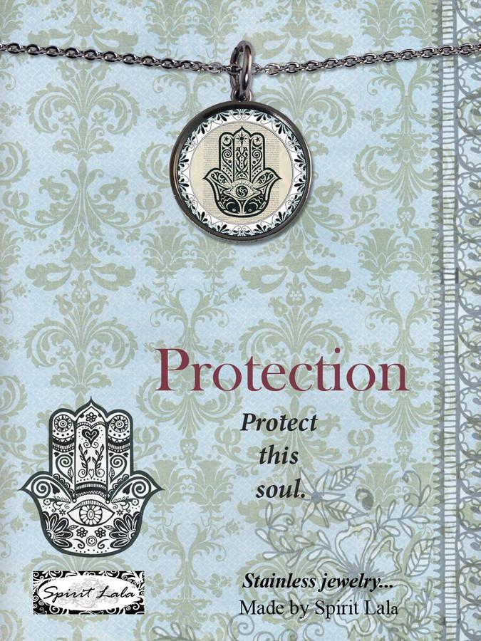 Carded Vintage Hamsa Reversible Medium Circular Necklace