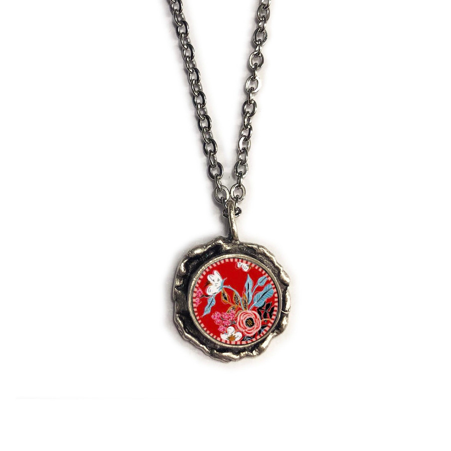 Red Flower Molded Circle Pendant