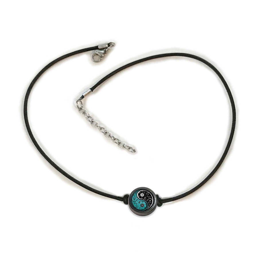 Vintage Yin Yang Choker Necklace