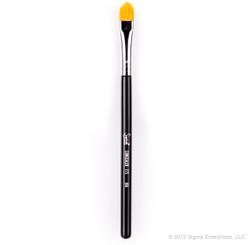 Sigma Beauty F75 - Concealer Brush