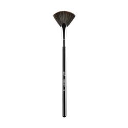 Sigma Beauty F42 - Strobing Fan™ Brush