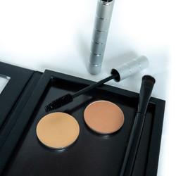 Essential Kit by Mistura Makeup