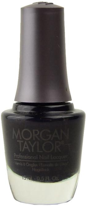 Morgan Taylor A Kiss in the Dark