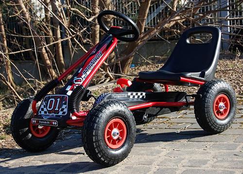 Zoom Rubber Wheel Go Kart (Red Black) - A15-RED - Funstuff.ie Ireland UK