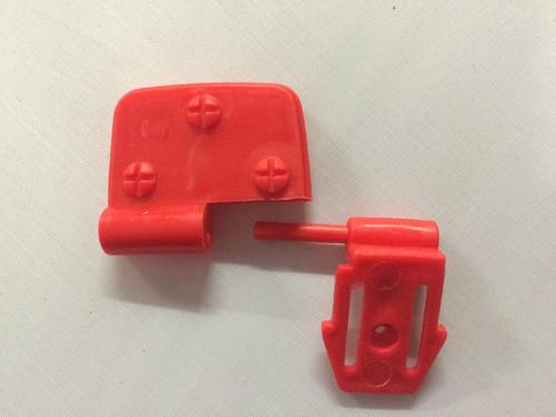 S618 Bumper Clip Red