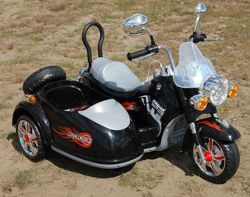 Ride on Motor Bike - Harley Style with Side Car - 12v (SX138-BLACK)
