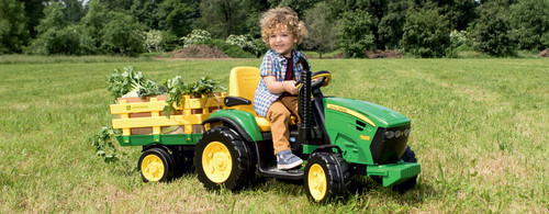 Peg Perego John Deere Ground Force Tractor & Trailer (12 Volt)