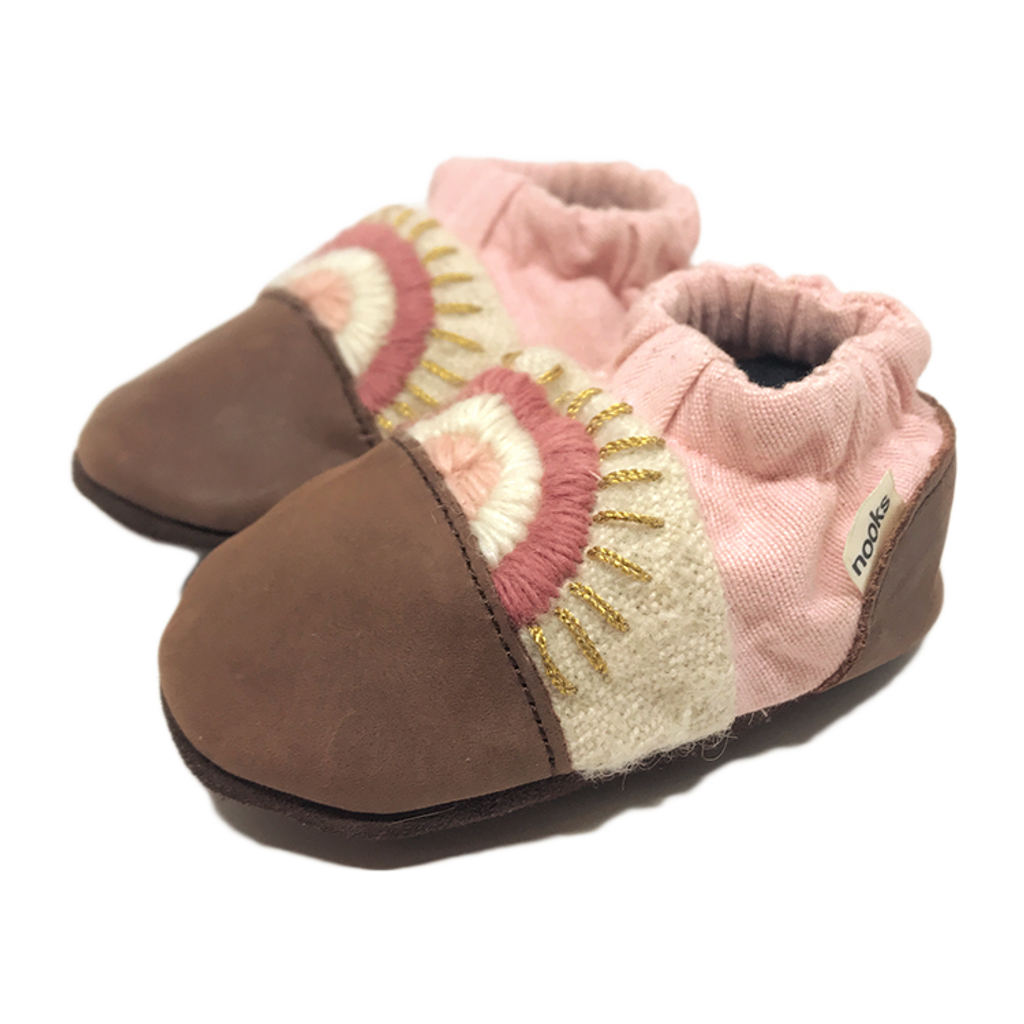Nooks Design Booties Peggy's Cove