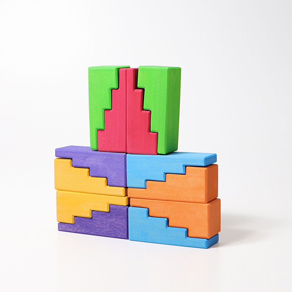 Grimm's Stepped Roofs Rainbow (12 pc)
