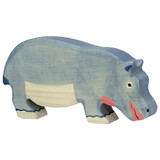Holztiger Hippopotamus Feeding