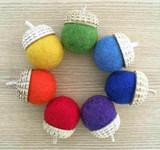 Papoose Rainbow Acorns 7pcs