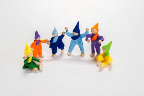 Magic Wood Felt Elves