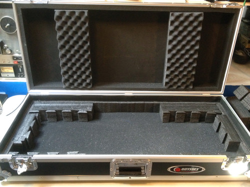 Used ODYSSEY fzkb49w FLIGHT ZONE RUGGED 49 NOTE KEYBOARD CASE SOLD