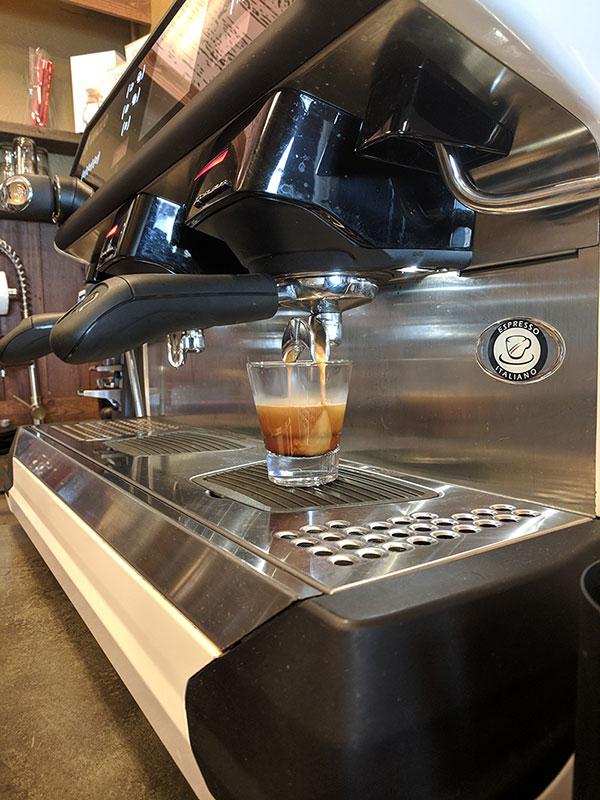 cafe-4.jpg