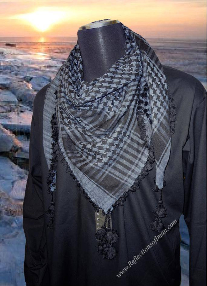 Distinguished Blue Keffiyeh Scarf