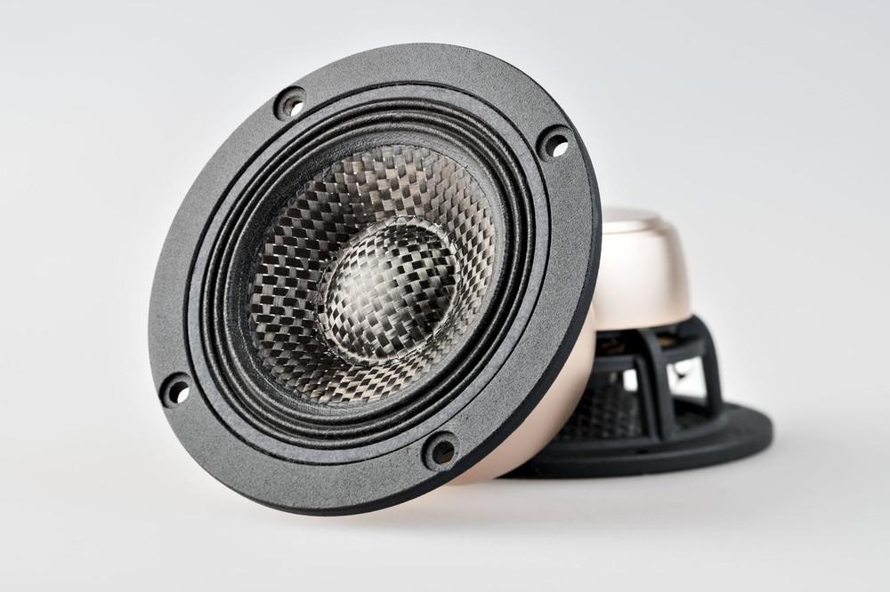 "X3 3.7"" Carbon Fiber Speaker Set with Dust Cap"