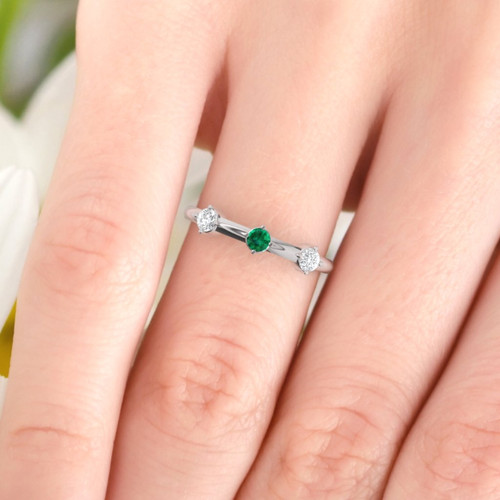 Wedding ring. Emerald and Diamond ring. Eternity ring. Three diamonds available in 14K/18K white, yellow or rose gold. Also platinum.