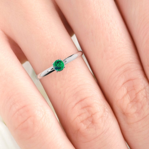 Rose gold real emerald gemstone ring. Dainty modern minimalist ring. Cabochon cut emerald ring, Emerald jewelry.