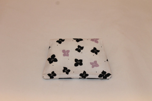 Credit Card / ID Wallet - White & Black Flowers 18